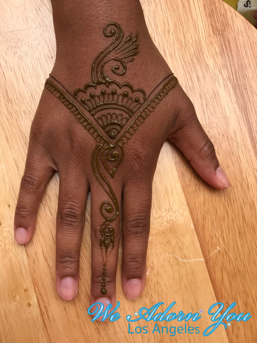 We Adorn You Los Angeles Henna 1.jpg