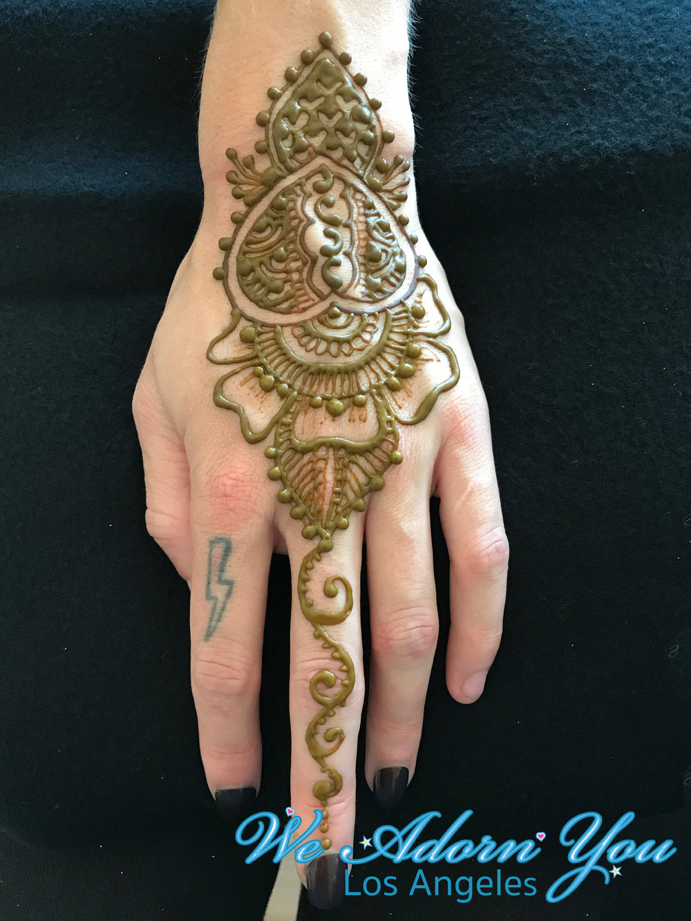 We Adorn You Los Angeles Henna Hand.jpg