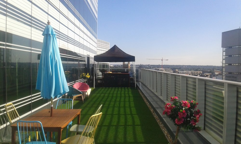 8th floor roof terrace BBQ in London
