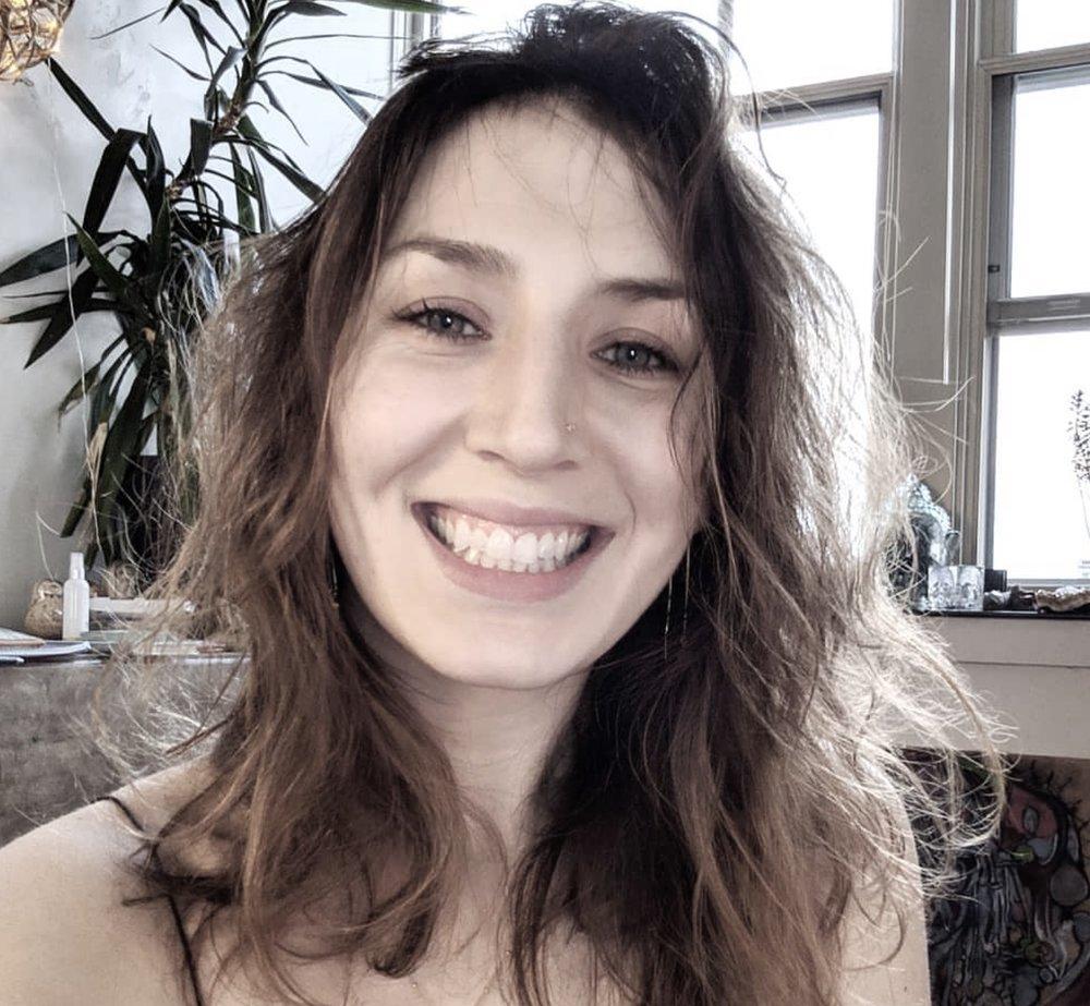 Sarah Palleschi - Gentle Flow/Yin/ Restorative/Sub
