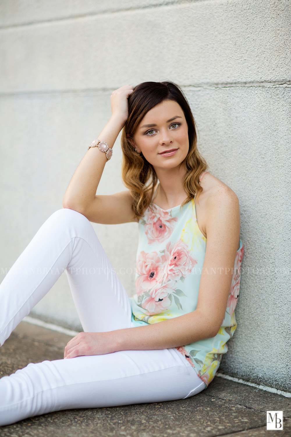 How about white denim? Lindsey nailed this outfit, giving these white jeans a dressy look by adding such a chic top!