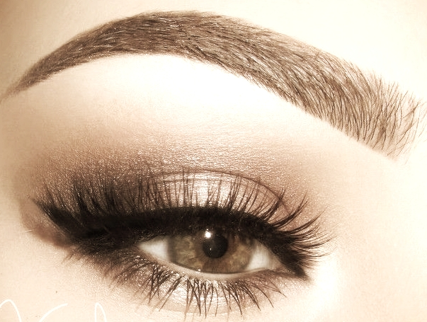 Brow Artistry - Detailed and precise eyebrow sculpting incorporating trimming, waxing, and tweezing techniques to create a flawlessly shaped eyebrow. Optional add-ons include brow fill-in, tinting and highlighting.Click here to schedule your session.