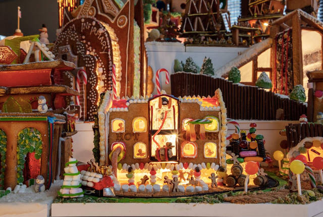 LSI Architects. Part of Gingerbread City 2018 at the V&A Museum. © Luke Hayes