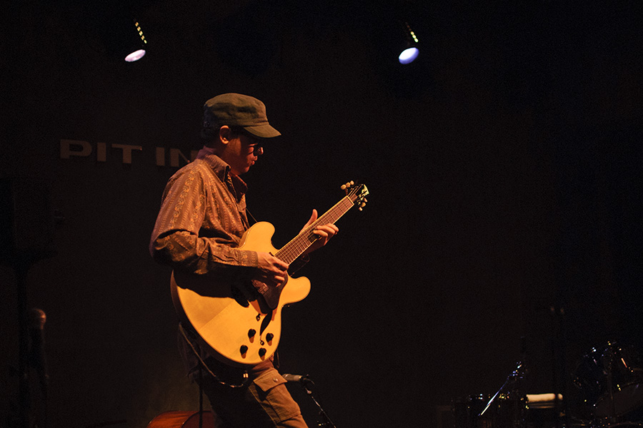 Kurt Rosenwinkel and JGD Crossover Prototype (2010)