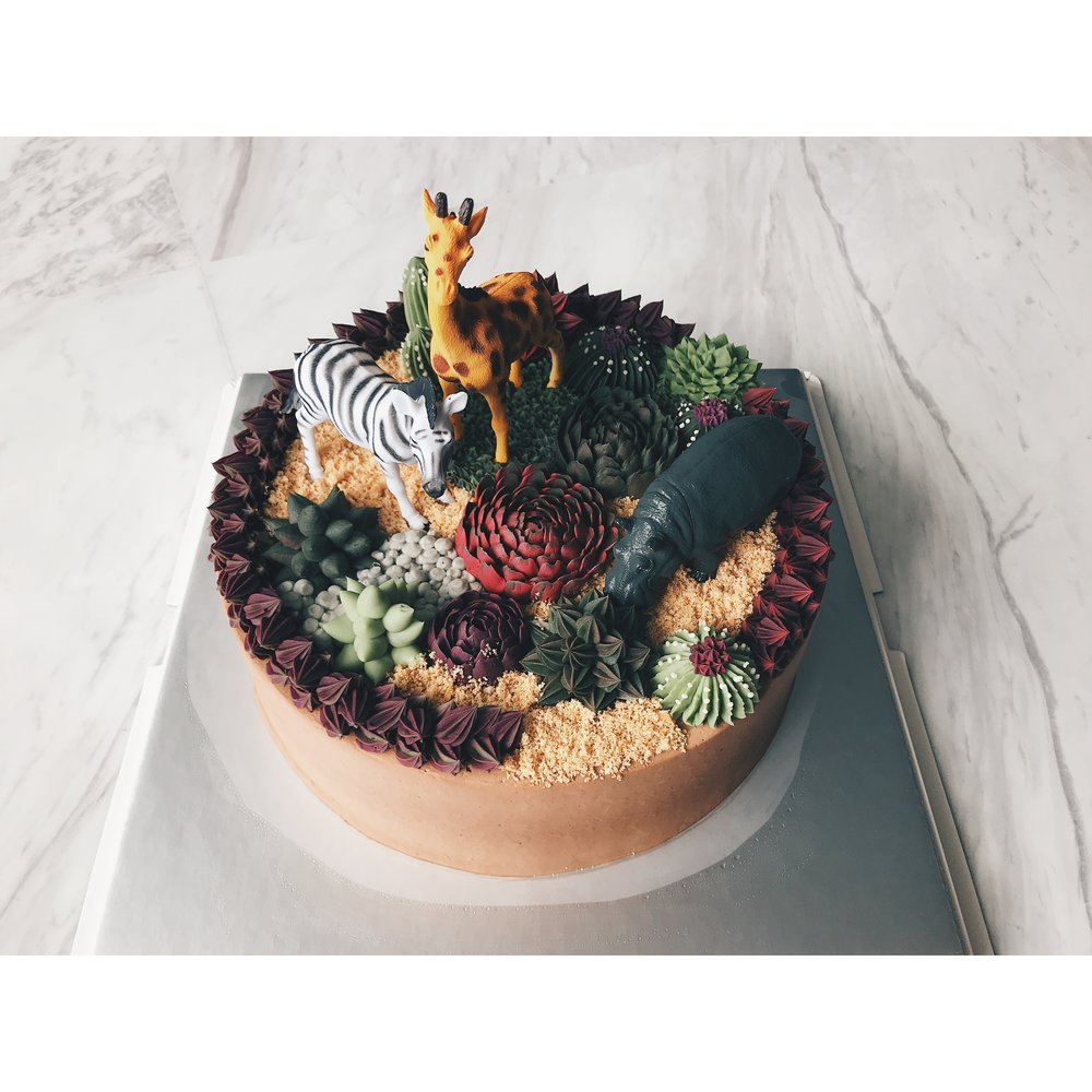 3D Buttercream Terrarium Cake