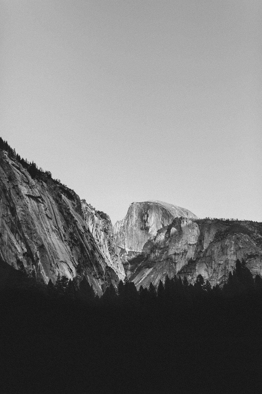 Yosemite-HalfDomeBW-0001.jpg