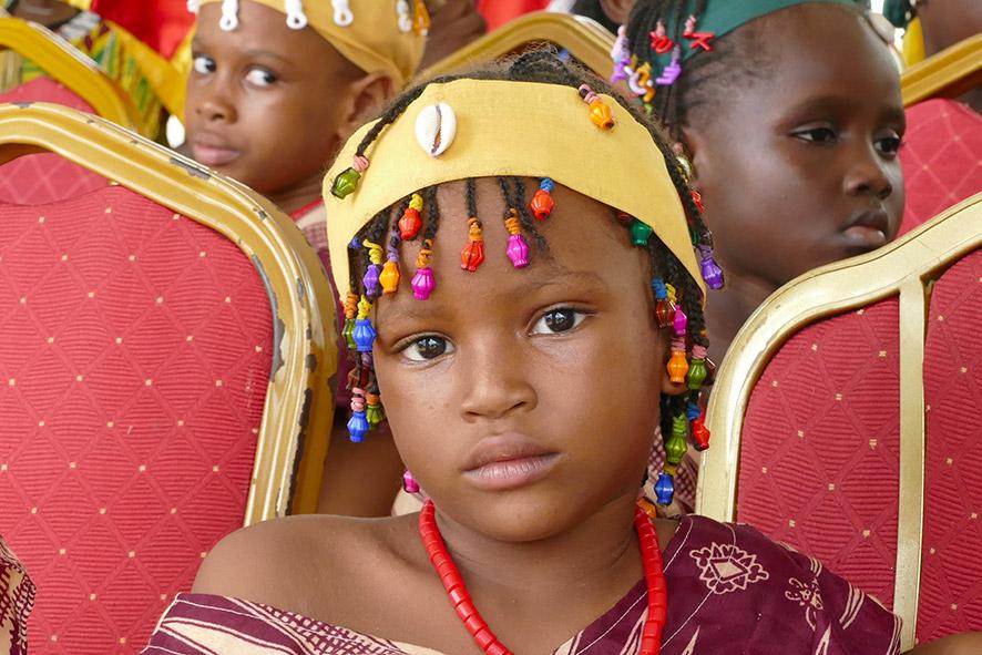 cipre_artiste_sculpteur_inauguration-monuments_16_juin_conakry_capitale_mondiale_du_livre_2017_unesco_3.jpg