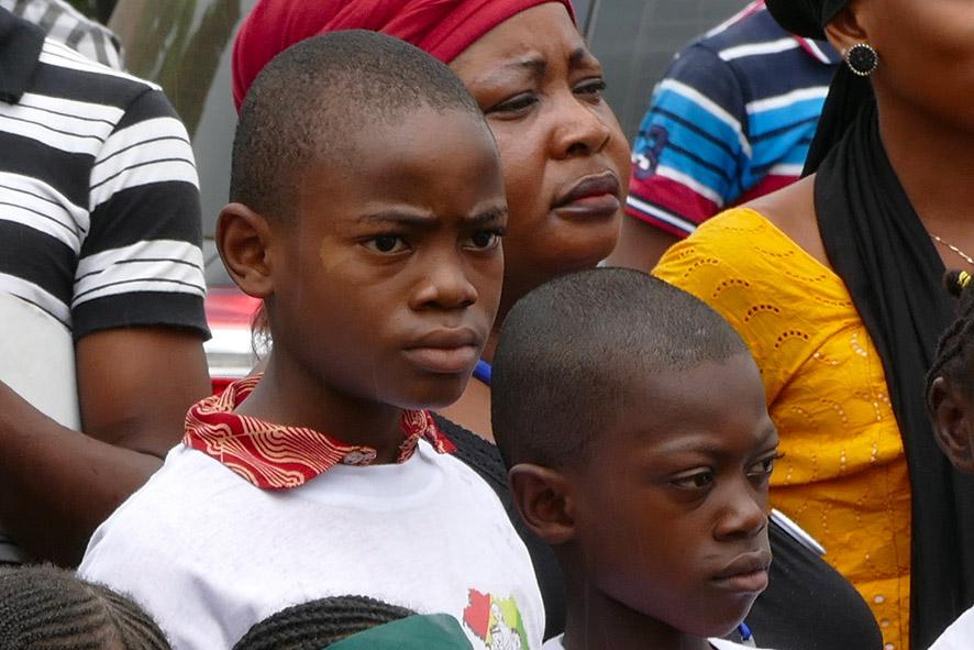cipre_artiste_sculpteur_inauguration-monuments_16_juin_conakry_capitale_mondiale_du_livre_2017_unesco_15.jpg