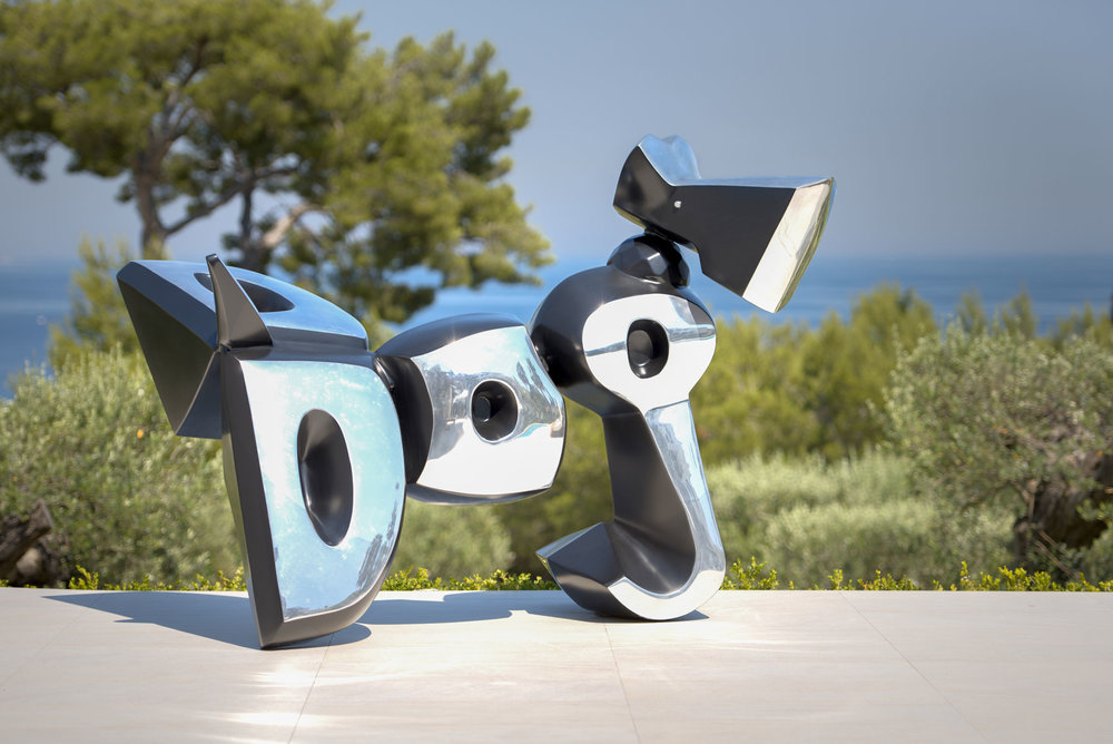 Dog  (2014) | aluminium | 170 x 250 x 150 cm | oeuvre originale | © Jean-René Broyer