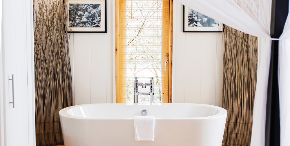 laceby-manor-golf-lodge-interior-bathroom