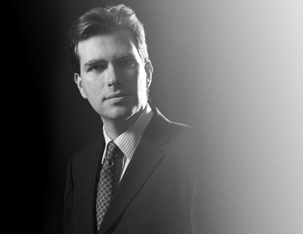 """""""Indem wir für ausgewählte Projekte jungen KomponistInnen Kompositionsaufträge vergeben, führen wir ein einzigartiges und innovatives Repertoire. - Felipe Cattapan, Dirigent Canticum Novum Zürich"""
