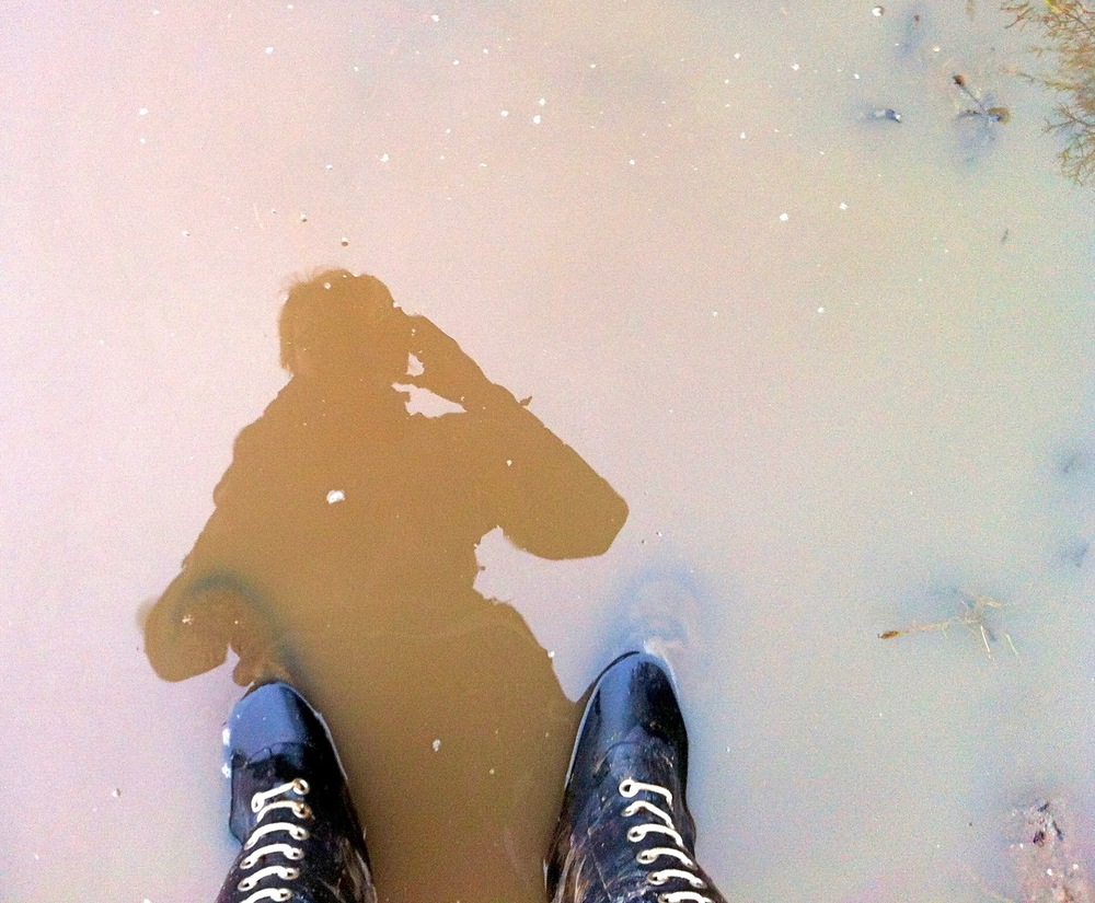 Selvportræt med gummistøvler 2015