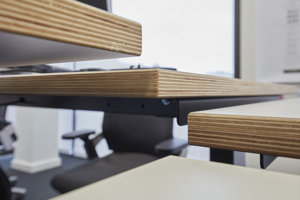 TASK Sit-stand benches with ply core top