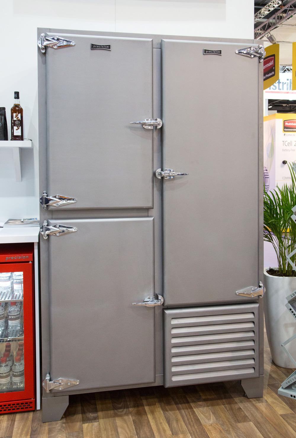 Retro Fridge With Solid Doors