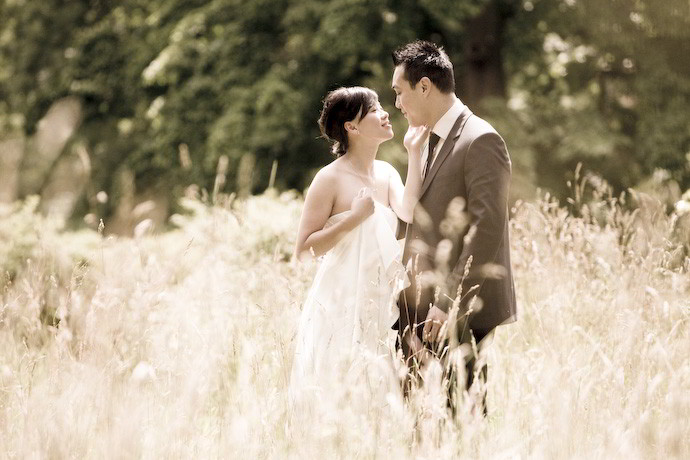 Pre-Wedding-Photography-in-London-Kew-Gardens-002