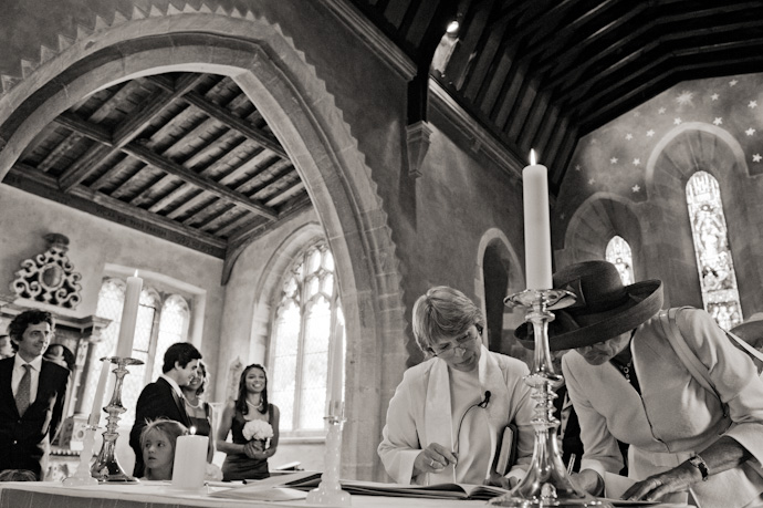 Aldbourne-wedding-photography-025