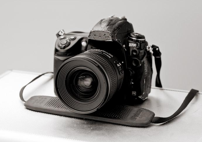 Inside-a-pfofessional-documentary-wedding-photographer-kit-bag-002