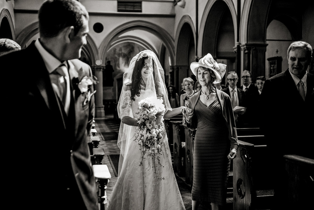 wedding photography at notley abbey_ 010