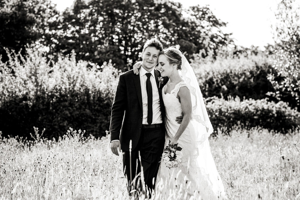 Reportage Wedding Photographers Sussex_018