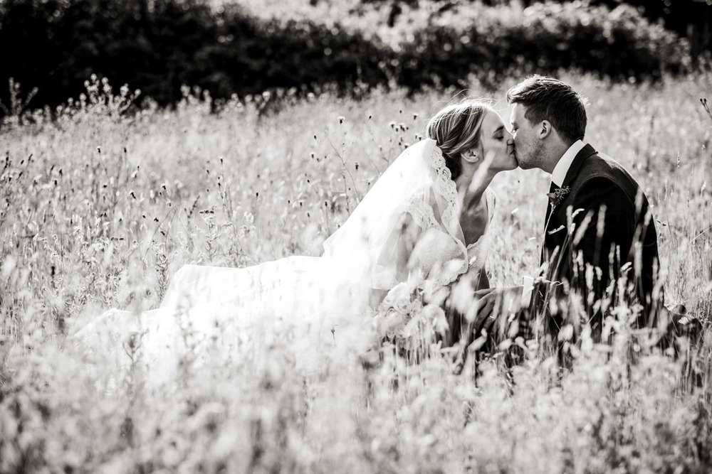 Reportage Wedding Photographers Sussex_020
