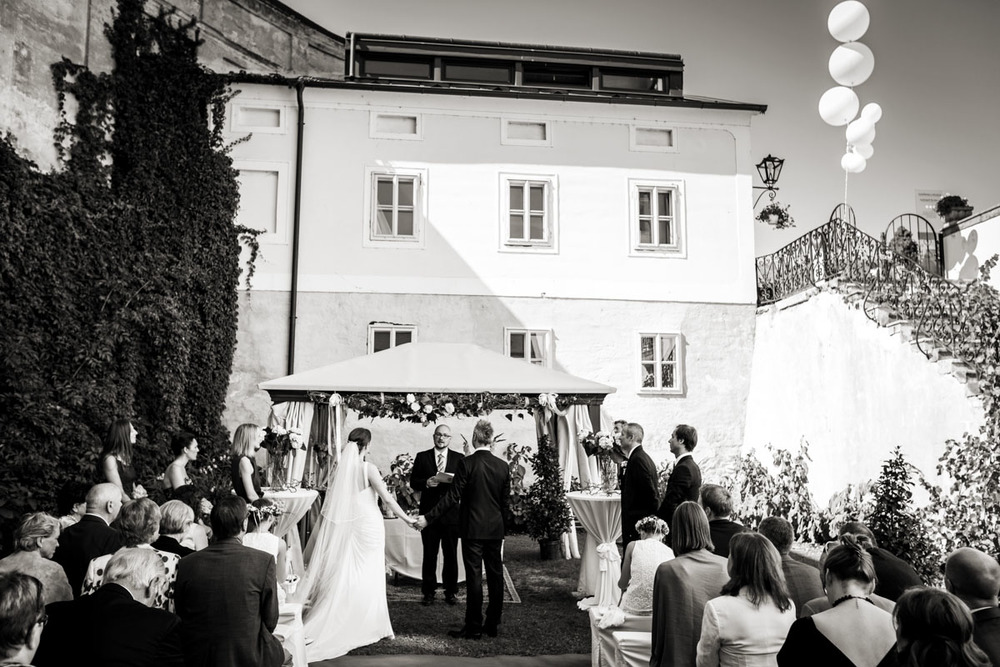 wedding-in-enns-austria-026.jpg