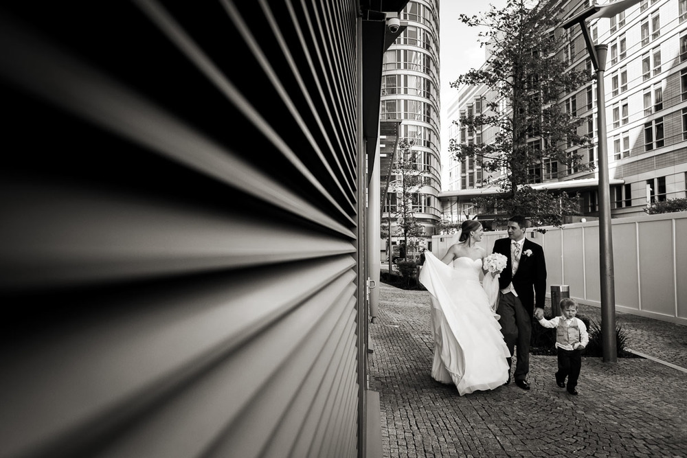 Radisson-Canary-Wharf-Wedding-Photos-024.jpg