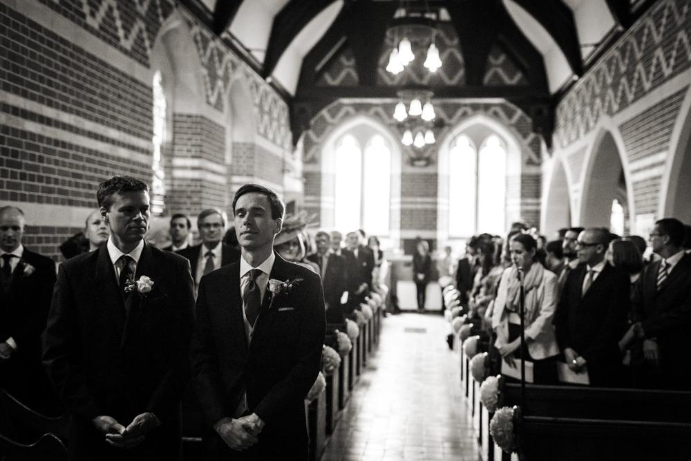 Ufton-Court-Wedding-Photos-016.jpg