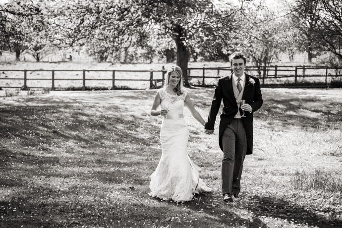 Buckinghamshire-Reportage-Wedding-Photographers_019.jpg