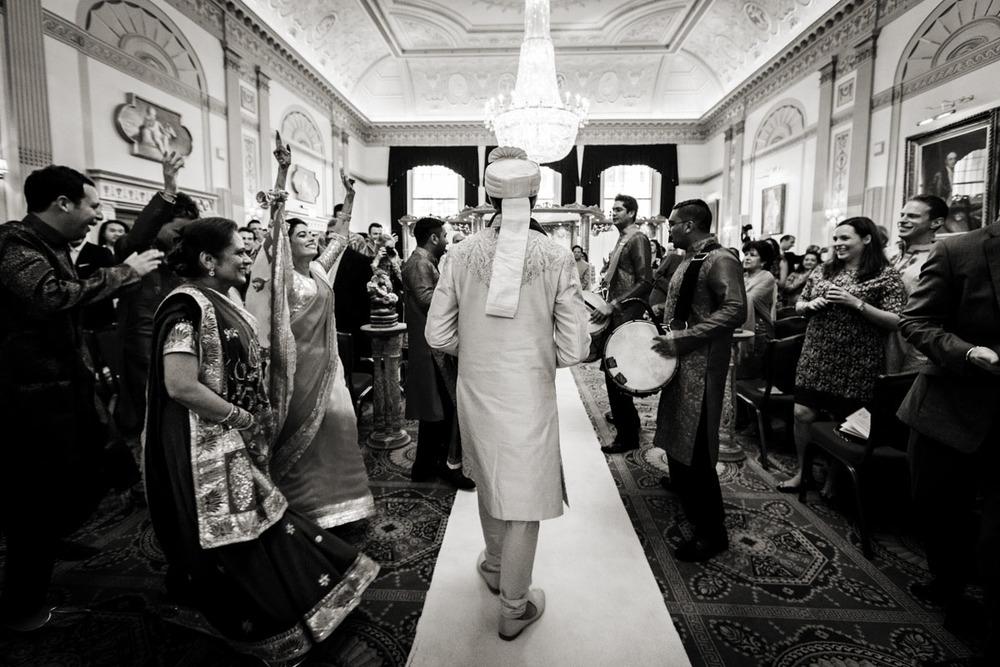 Plaisterers-Hall-wedding-photography-0101.jpg