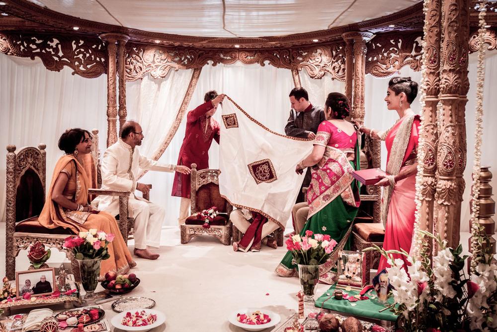 Plaisterers-Hall-wedding-photography-0111.jpg