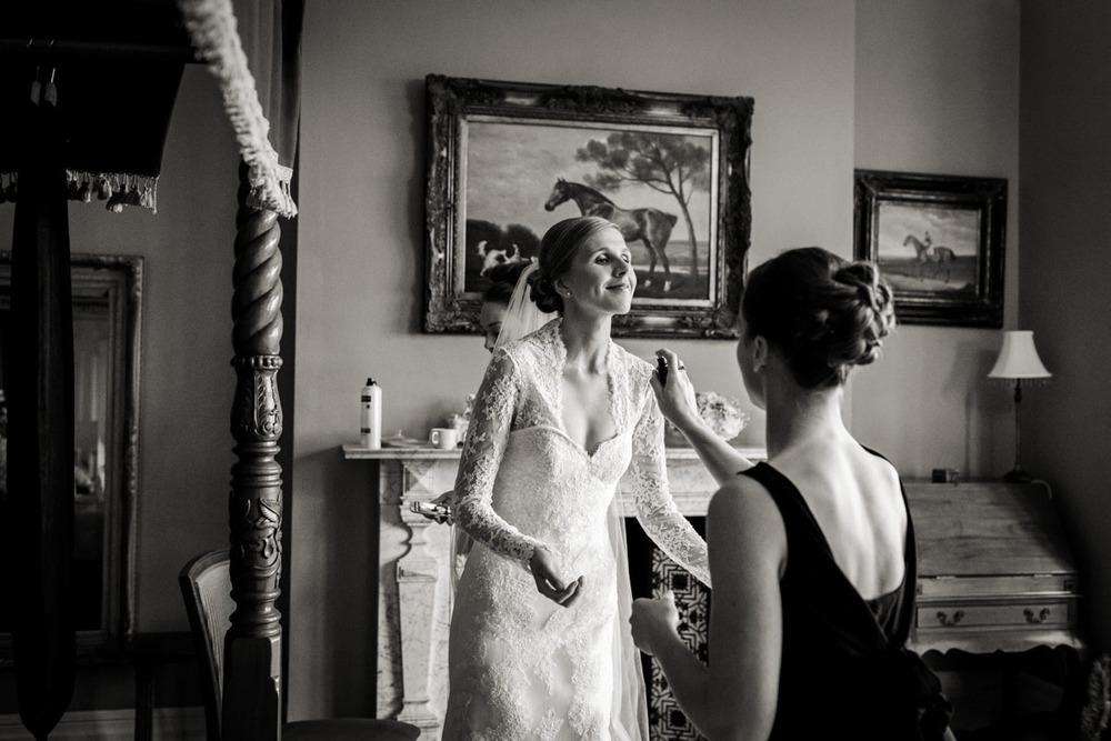 Orchardliegh-House-Wedding-Photography-010.jpg