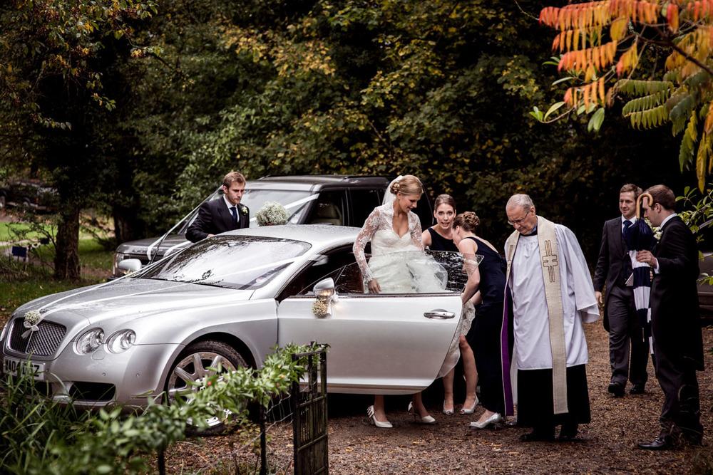 Orchardliegh-House-Wedding-Photography-011.jpg