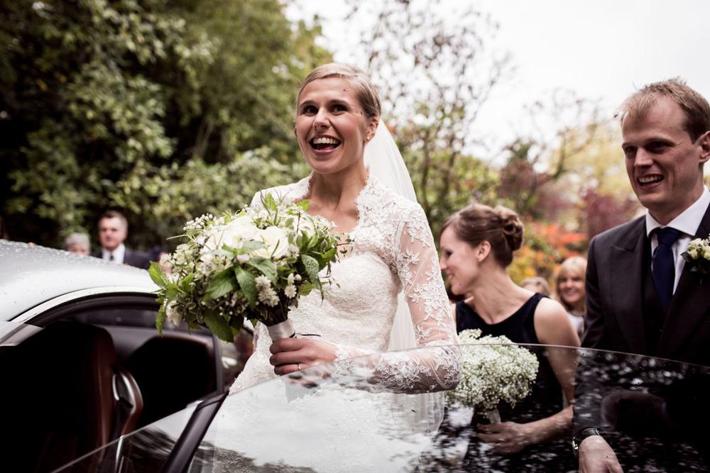 Orchardliegh-House-Wedding-Photography-023.jpg