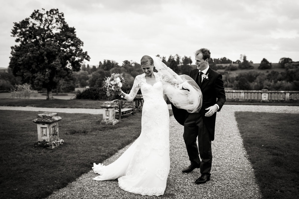 Orchardliegh-House-Wedding-Photography-027.jpg