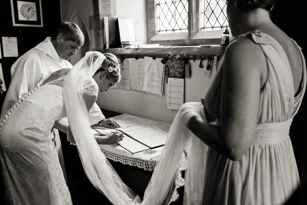 Caswell-House-wedding-photography0211.jpg