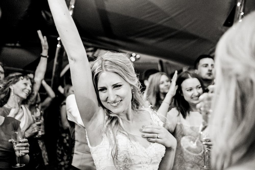 documentary-wedding-photographers-in-surrey-069.jpg