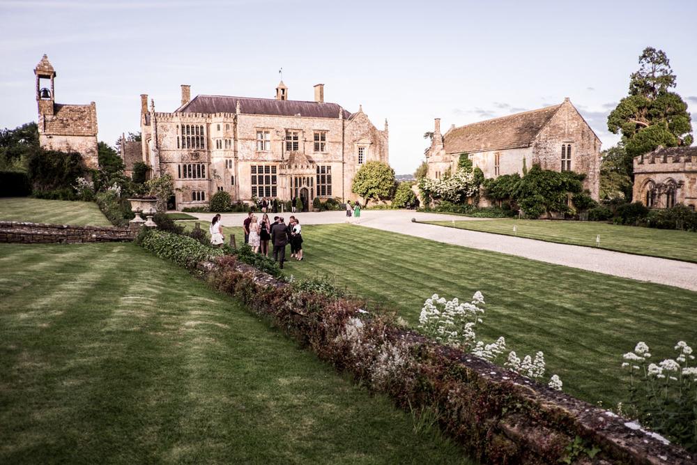 Brympton-Devercy-Wedding-Photography-028.jpg