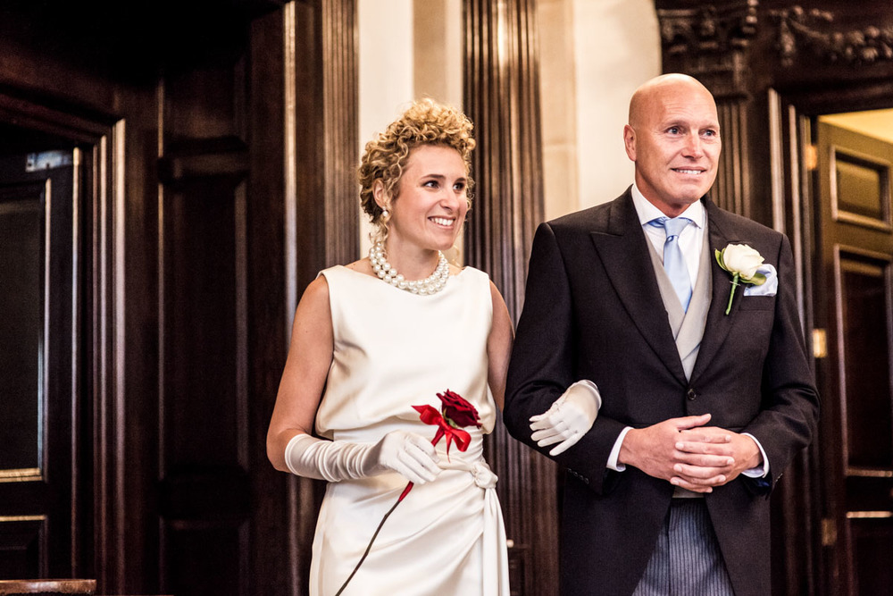 wedding-photography-at-the-royal-exchange-london_029.jpg