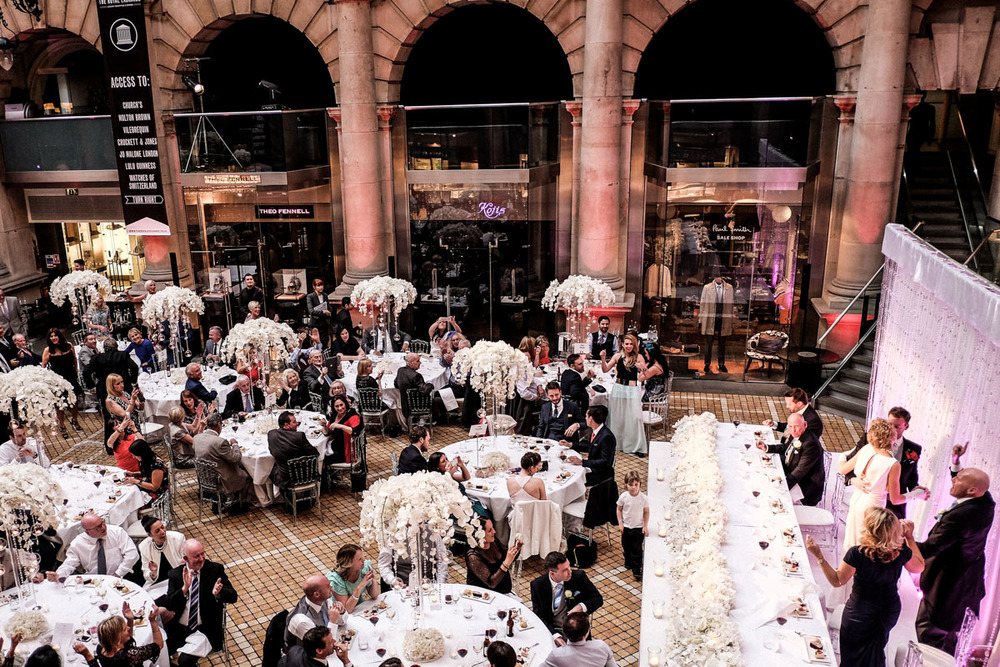wedding-photography-at-the-royal-exchange-london_067.jpg