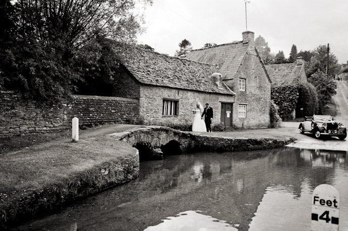 Wedding-Photography-at-Kingston-Bagpuize-House-010.jpg