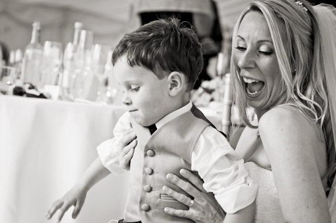 Wedding-Photography-at-Kingston-Bagpuize-House-029.jpg
