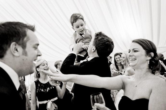 Wedding-Photography-at-Kingston-Bagpuize-House-034.jpg