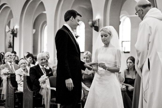 Bury-Court-Barn-Wedding-Photography-010.jpg