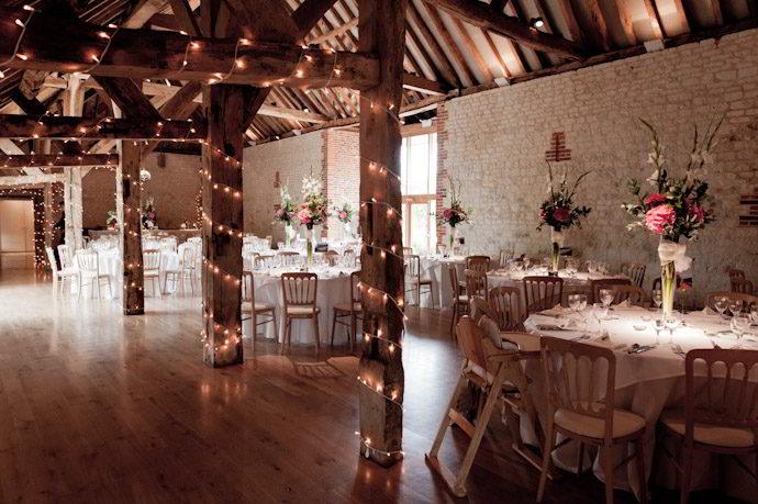 Bury-Court-Barn-Wedding-Photography-019.jpg