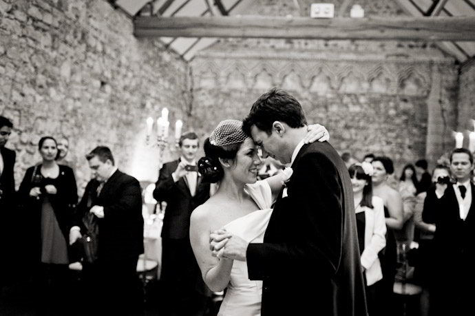 Notley-Abbey-Wedding-Photography_073.jpg