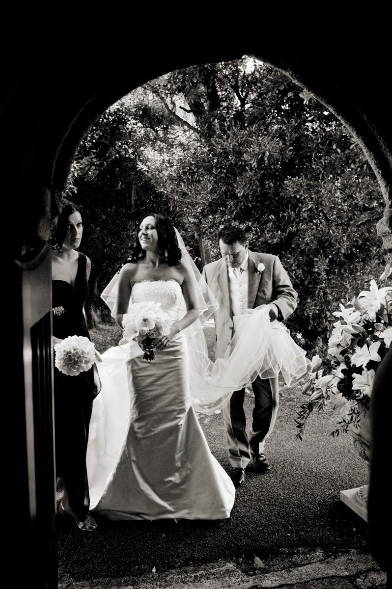 Gonwin-Manor-wedding-photographs-020.jpg