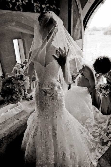 Kingston-Bagpuize-Wedding-Photography-014.jpg