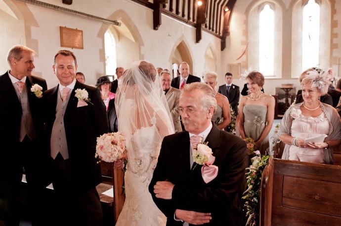 Kingston-Bagpuize-Wedding-Photography-016.jpg