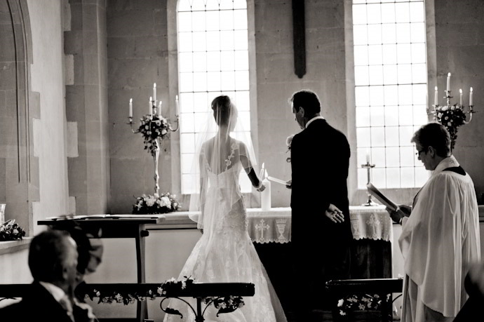 Kingston-Bagpuize-Wedding-Photography-017.jpg