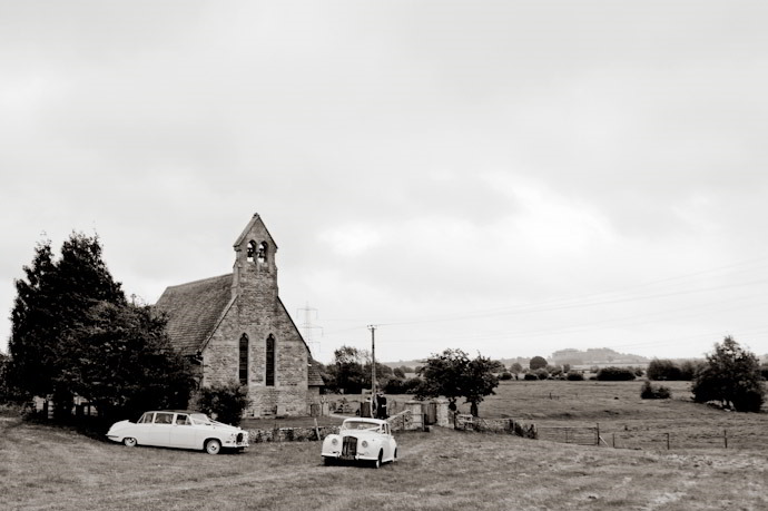 Kingston-Bagpuize-Wedding-Photography-021.jpg